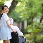 日本の医療事情はお金がないとどうにもならない?!老人化社会の隠れた問題を看護師が指摘。